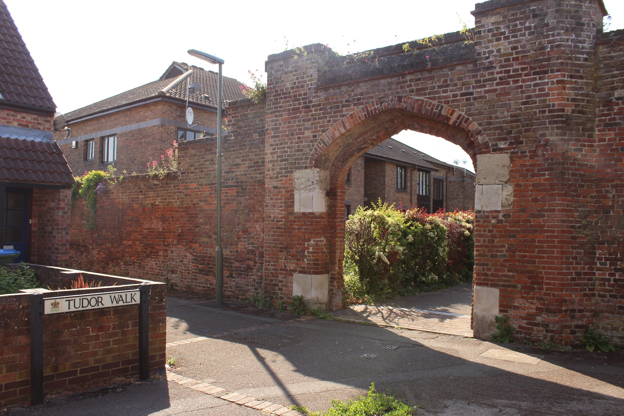 The only remaining Tudor archway of the original Oatlands Palace building, now standing in Tudor Walk.